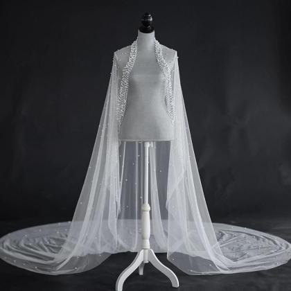 Unique and Elegant Veils Trailing O..