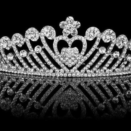 Crown Rhinestones Tiara for a Bride..