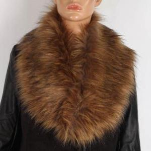 White Winter Faux Fur Collar Scarf ..