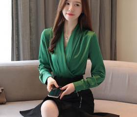 Green Blouses for Wo..