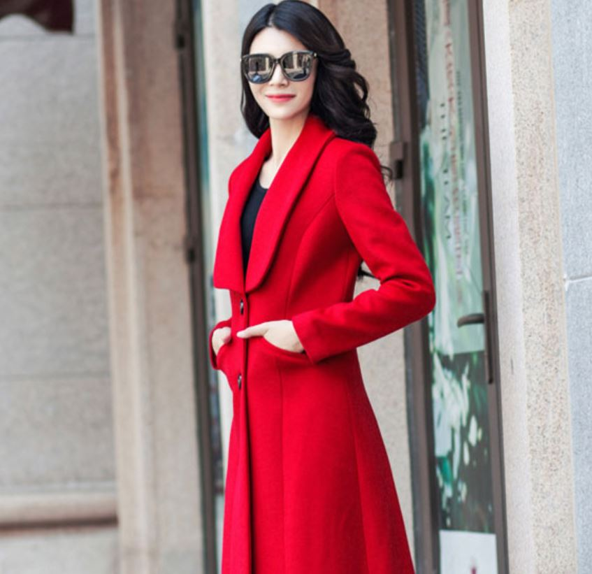 Ready to Ship Wool Red Overcoats for Women With Big Lapel Thick and Warm Wool for Winter Season