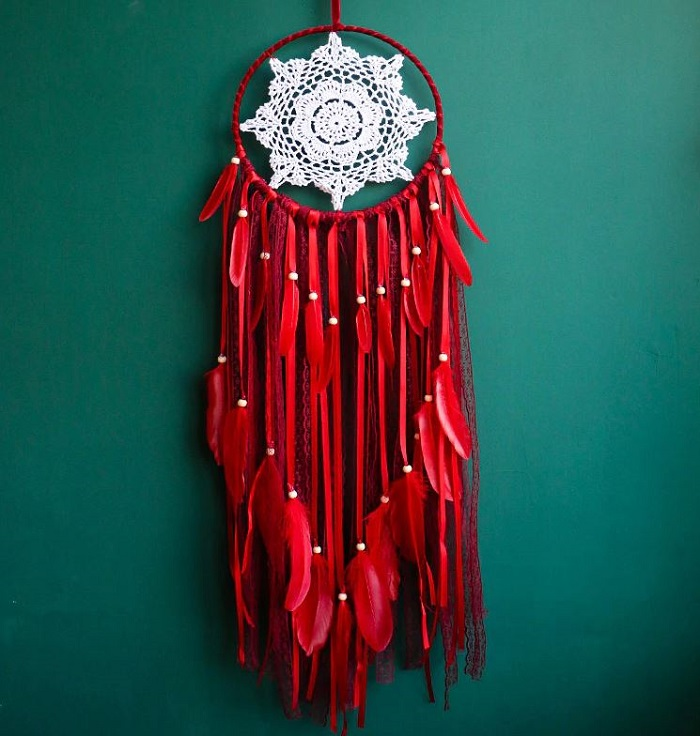 Red Dream Catcher Feathers and Lace Decoration-Laced Crocheted Stars for Home Decoration-Fuller Laces Dream Catcher-Beaded Dream Catchers