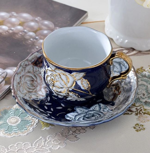 Rsslyn 3pcs/SET Luxury European Living Solid Blue with Molded Golden Rose Trim Porcelain Tea Cups Gift for Wife or Mother