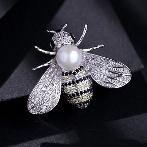 Rsslyn 2pcs Bee Brooches for Women Gold and Silver Pins Silver Brooch