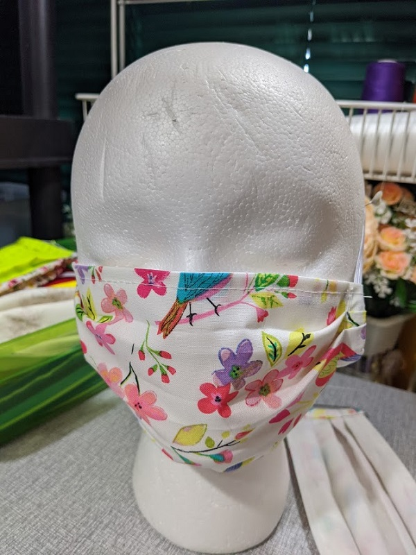 2pcs Bird Flowers Prints New Mask for Women/ 1 Solid Mask for Women