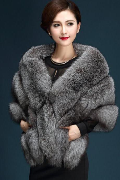 Gray Poncho for Winter Season Elegant Luxury Type Clothing for Women Gray Fur Vests