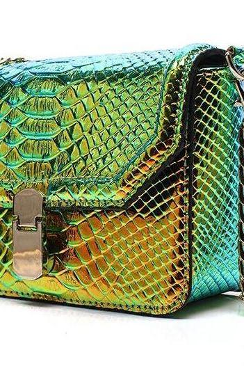 High Quality Small Green Clutch Green Purse for Women Snake Pattern Change Color