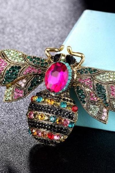 RSSLyn Large Bee Brooches for Women Pink Blue Golden Brooches Fashion Bee Lovers Wedding Brooches-Crystals Bees