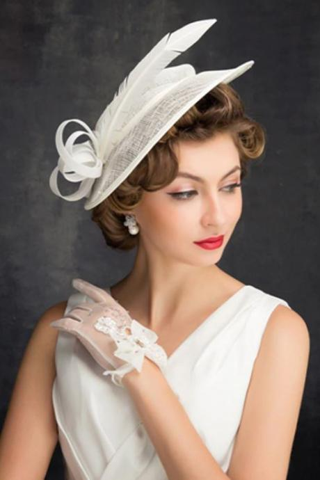 New Hair Accessories for Women Impressive Elegant Bridal White Fascinators for Wedding Hats for Pageant Shows