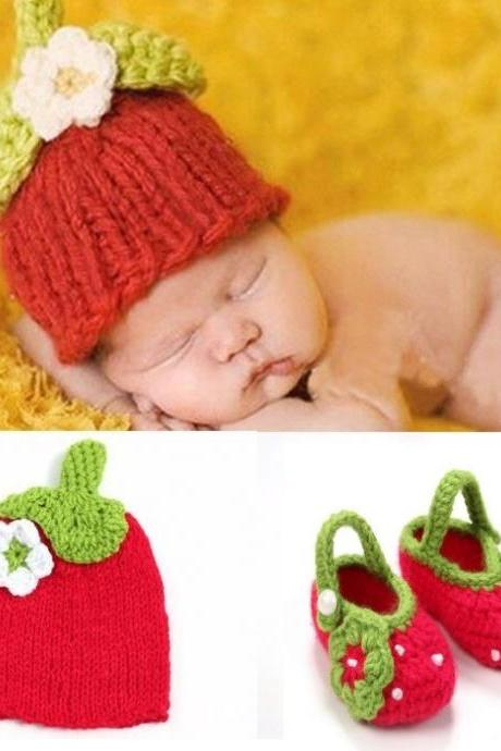 Strawberry Props for Newborn Girls Cute Baby Booties with Matching Strawberry Beanie-Knitted Strawberry Preemie Props