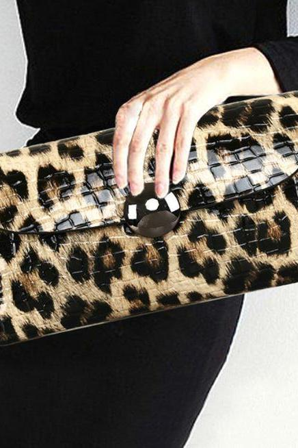 Leopard Clutch for Women Leather Clutch for Prom Wedding Occasions Fashion Runaway Leopard Handbags