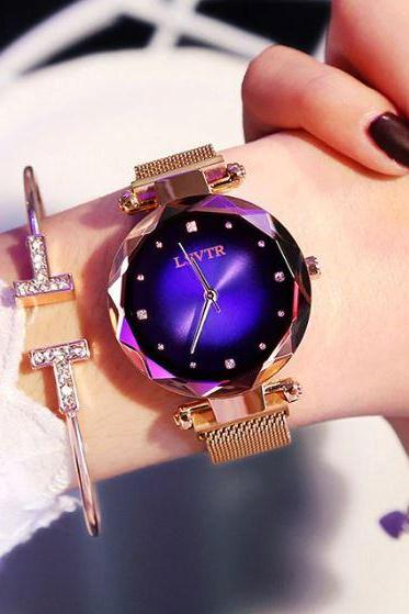 New Watches for Women New Bracelets for Wome Sparkly Crystal Watches Diamond Ladies Starry Sky Magnetic Watch Waterproof