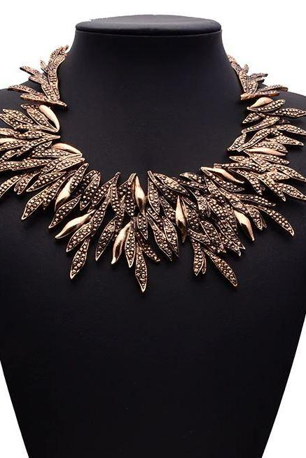 Fashion 2020 Bronze Color Chokers for Women New Design Maleficent Necklaces Black Necklaces for Women-Chunky Leaf Alloy Choker Necklace Collier Femme Jewelry