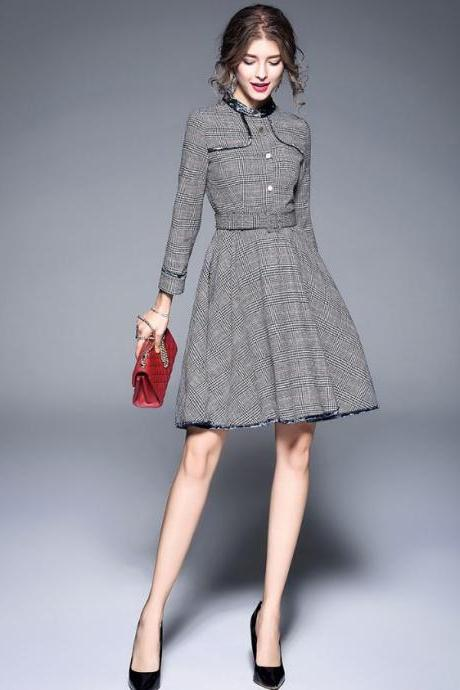 Women's Gray Dress Houndstooth Pattern Checkered Plaid Design Medium Size Dress