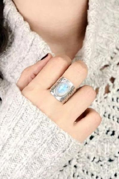 Rsslyn Women's Fashion Ring RSS5-2272021 Hollow Vintage Large Silver Rings-Fashion Finger Rings