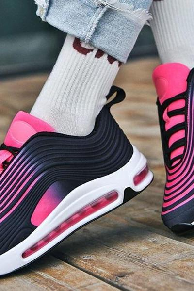 Rsslyn Striped Pink Shoes for Men and Women Unisex Sneakers for Joggers Unisex Sports Shoes