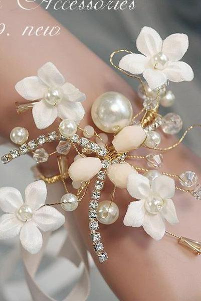Floral Bridal Bracelets-Pearl Crystal Wrist Bangles For Bridesmaids-Wedding Accessories-Baby Props-Bridal Props