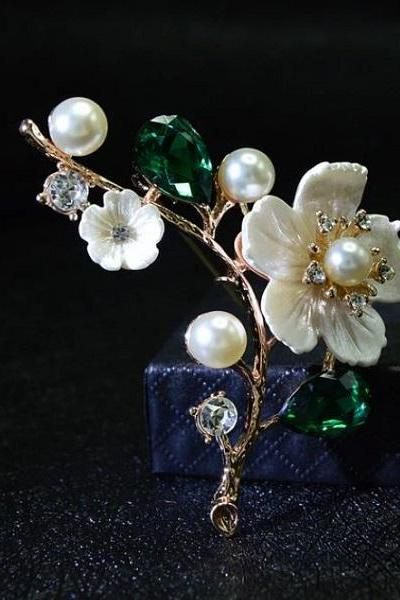 Rsslyn Ivory Eye-Catching Shell Flower Brooch for Wedding Flower Bouquet Brooch