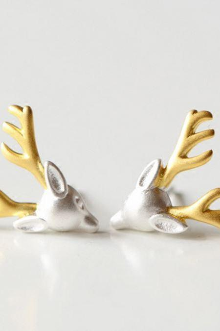Silver plated deer head stud earrings animal stud earring deer for teens and women