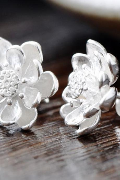 silver plated floral earrings lotus flower stud earring for teen girls and women
