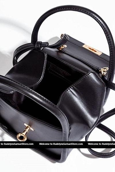 Rsslyn High-Quality Black Shoulder Bags Personalized Black Leather Bags for Women