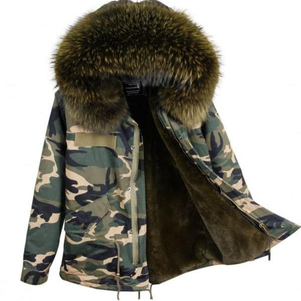 Women's Green Parkas Very Thick and Warm Huge Very Soft Hood with Raccoon Fur Camouflage Parkas