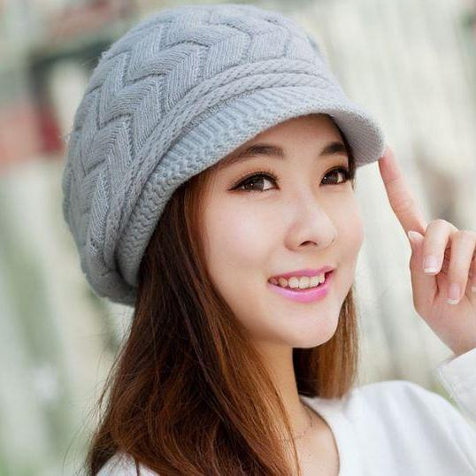 Gray Hats for Women 7 Colors Slouchy Hats for Teen Girls with Brim Knitted  hats Thick ... f3e727ab7d4c