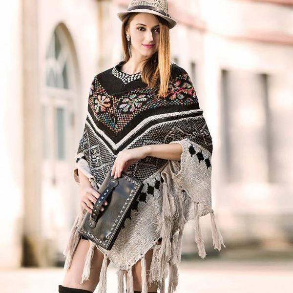 Black Wool Poncho for Women V- Striped Ponchos Knitted Winter Womens Clothing for Fall, Winter and Spring