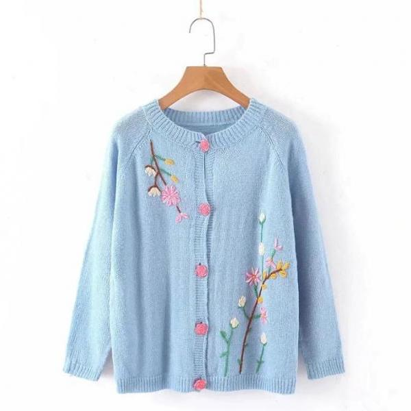 Spring Blue Tops for Women Fashion Blue Sweater for Women Embroidery Flower Pretty Rose Buttons Soft Cardigan Feminine Cardigan Sweaters for Plus Size Women