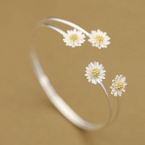 White Daisy Bracelets for Women Floral Bracelets